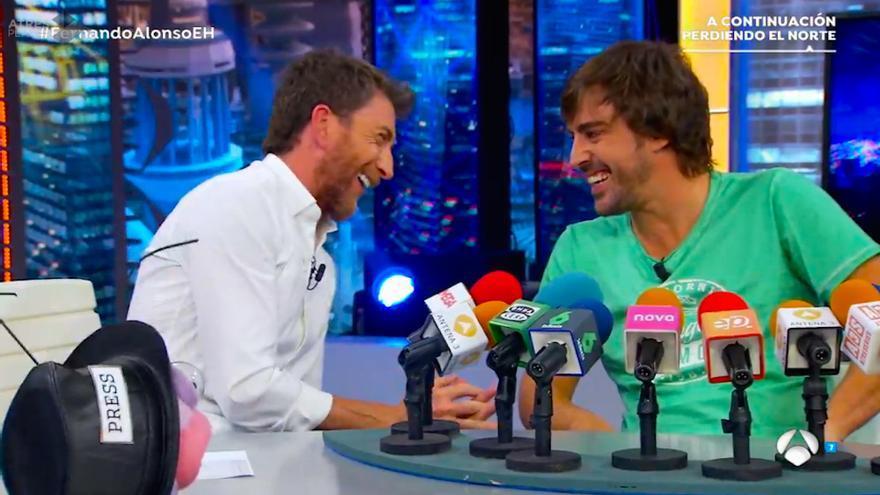 """¿Son """"cabezones y bajitos"""" Alonso y Pablo Motos? El Hormiguero respondió a ello con golpe incluido"""