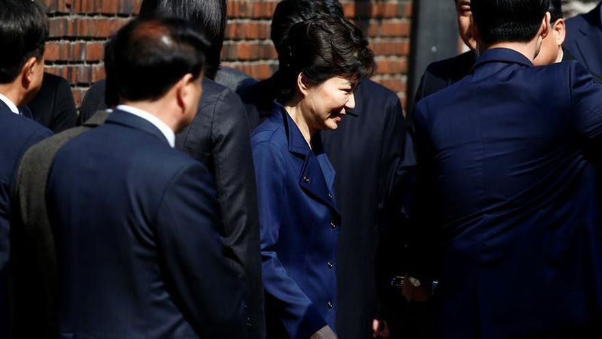 Imputan oficialmente a la expresidenta surcoreana Park Geun-hye por corrupción