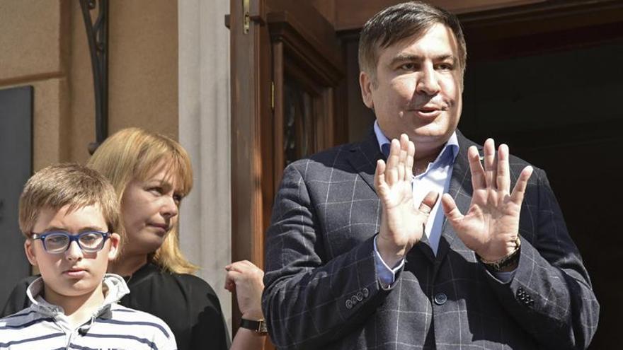 La Policía llega al hotel ucraniano donde se aloja el expresidente Saakashvili