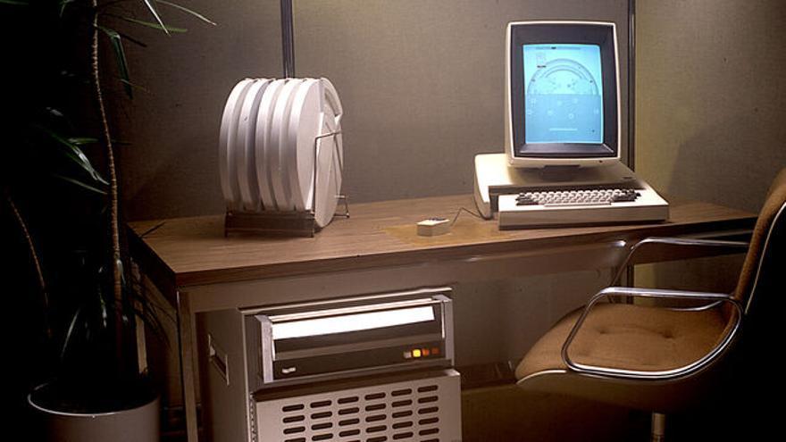El Xerox Alto fue el primer ordenador con interfaz gráfica de usuario