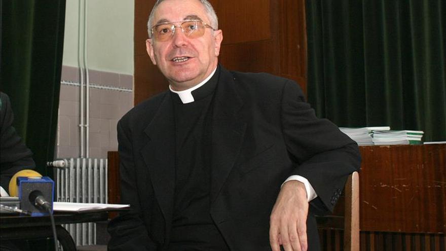 El Papa nombra obispo de Santander al hasta hoy obispo de Mondoñedo-Ferrol