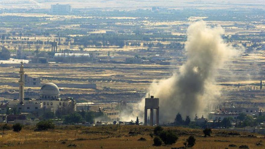 Las facciones rebeldes inician una ofensiva en la provincia sureña siria de Al Quneitra