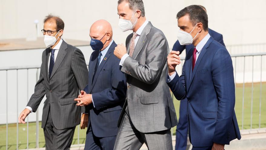Aragonés vuelve a ausentarse del saludo al rey en la apertura del Mobile