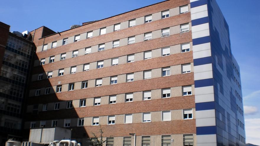 """Sindicatos denuncian el """"colapso"""" en las Urgencias del hospital de Cruces"""