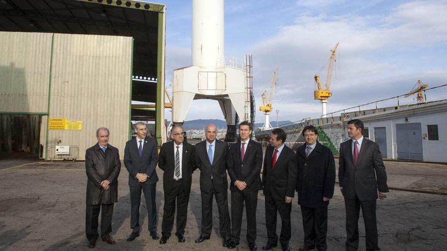 Feijóo, con directivos de Pemex en las instalaciones de Barreras