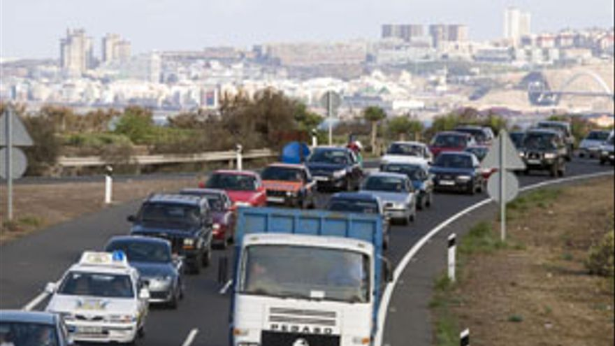 Imagen de archivo de un atasco en la carretera del Norte de Gran Canaria. (ACN PRESS)