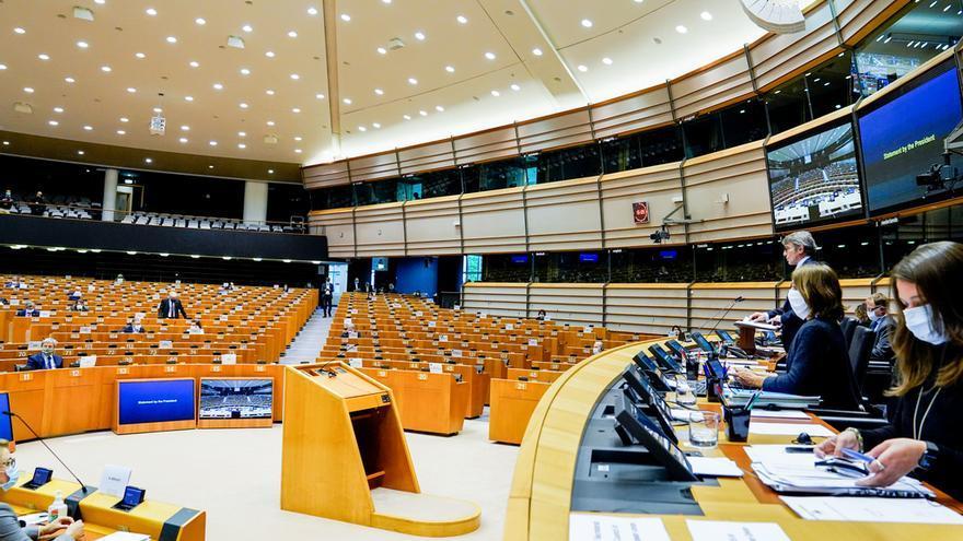 El presidente David Sassoli abre el pleno del Parlamento Europeo, el 13 de mayo de 2020.