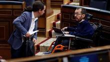 Pablo Iglesias y el portavoz de Unidas Podemos, Pablo Echenique, en el Congreso.