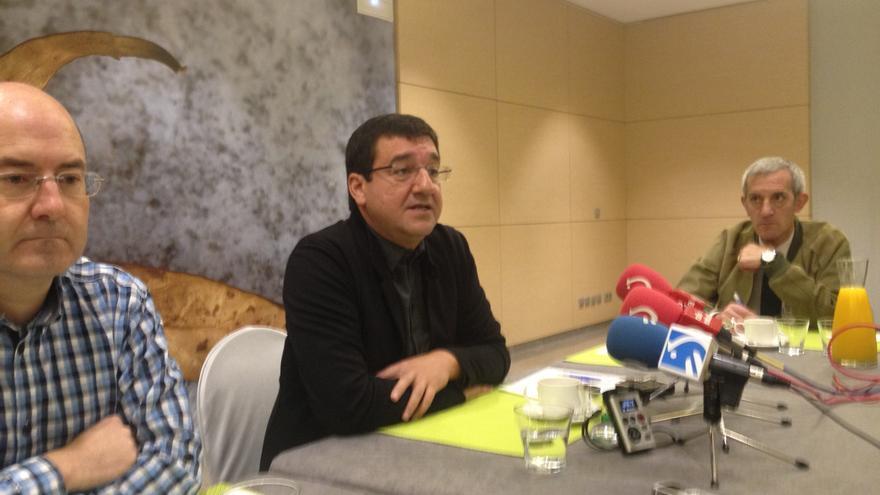 Patxi Lazcoz en su encuentro con los periodistas para anunciar su reritada de la política activa.