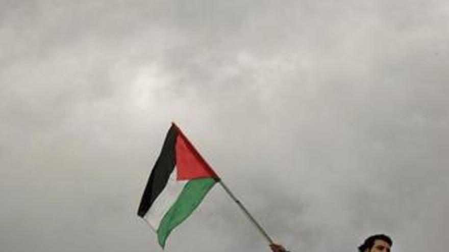 Irán anuncia el envío de dos barcos con ayuda humanitaria a Gaza
