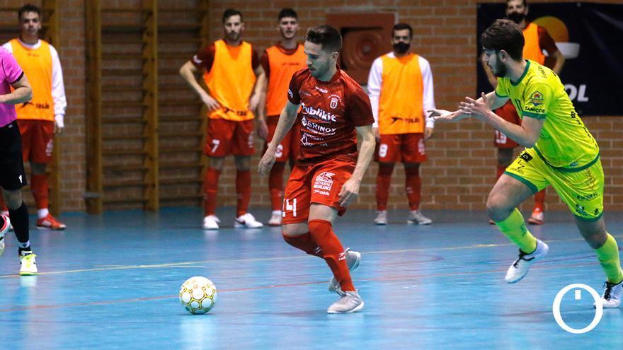 Antonio Catiti, en un partido en el Pepe Montalbán.