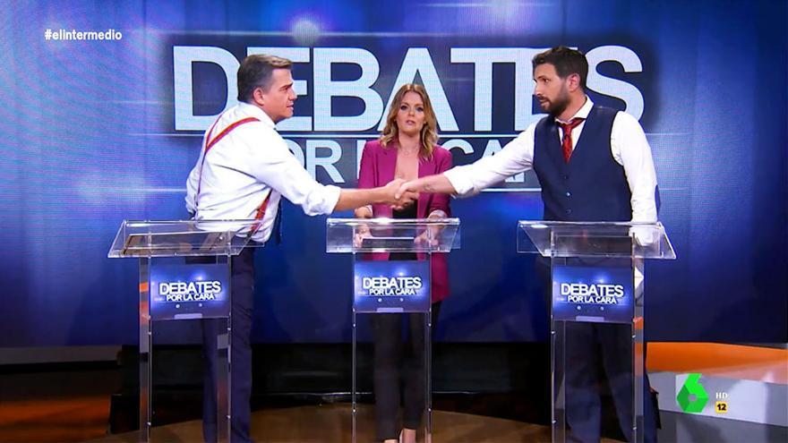 """Wyoming y Mateo se transforman en Sánchez y Casado en el debate de 'El Intermedio': """"No voy a pactar con nadie"""""""