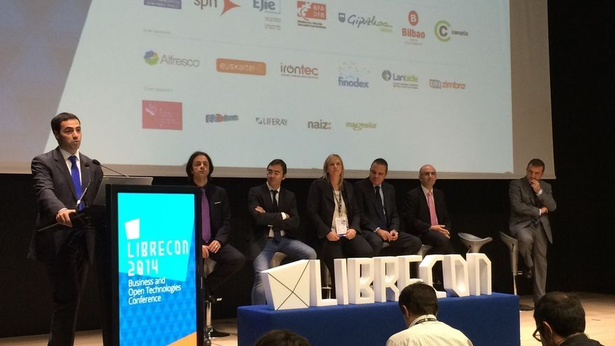 Pradales expresa el compromiso de la Diputación foral de Bizkaia con el sector digital