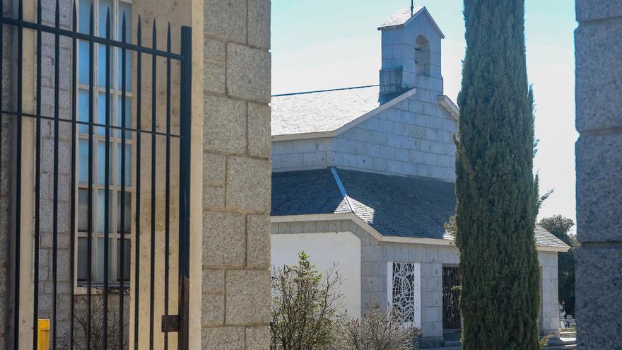 El BOE publica un real decreto que concede al Estado la propiedad del panteón donde será enterrado Franco