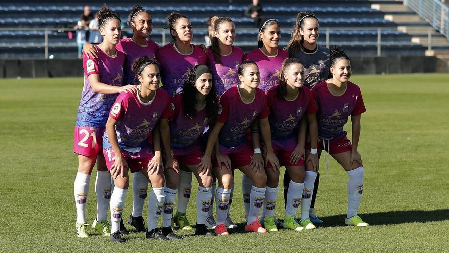 Formación del Juan Grande que milita en la categoría de plata del fútbol femenino español.