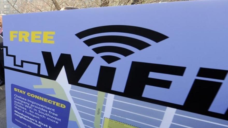 """Los """"electrosensibles"""" creen que campos electromagnéticos como el Wi-Fi les perjudican"""