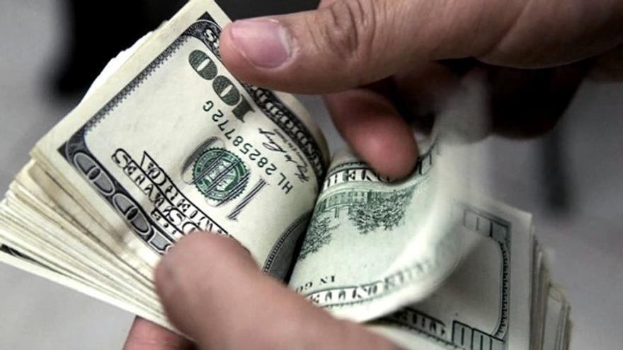 El dólar blue vuelve a batir su récord del año y cierra en $191