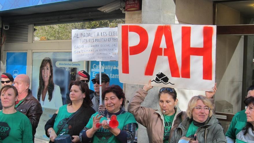 """La Plataforma de Afectados por la Hipoteca califica de """"parche"""" el gesto de la banca"""