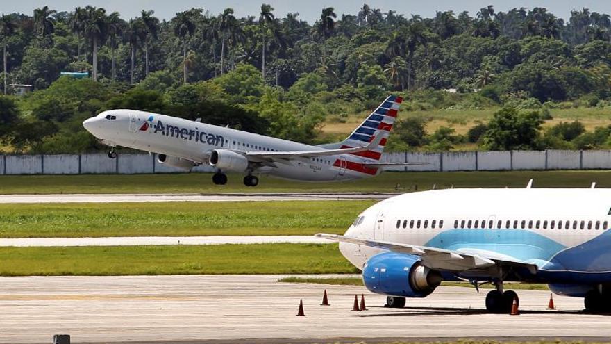 La medida, que no afecta a los vuelos chárter, se anunció en octubre pasado, cuando se concedió un plazo de 45 días a las aerolíneas afectadas, que incluyen a American, Delta y JetBlue, para suspender sus vuelos a nueve aeropuertos cubanos internacionales.