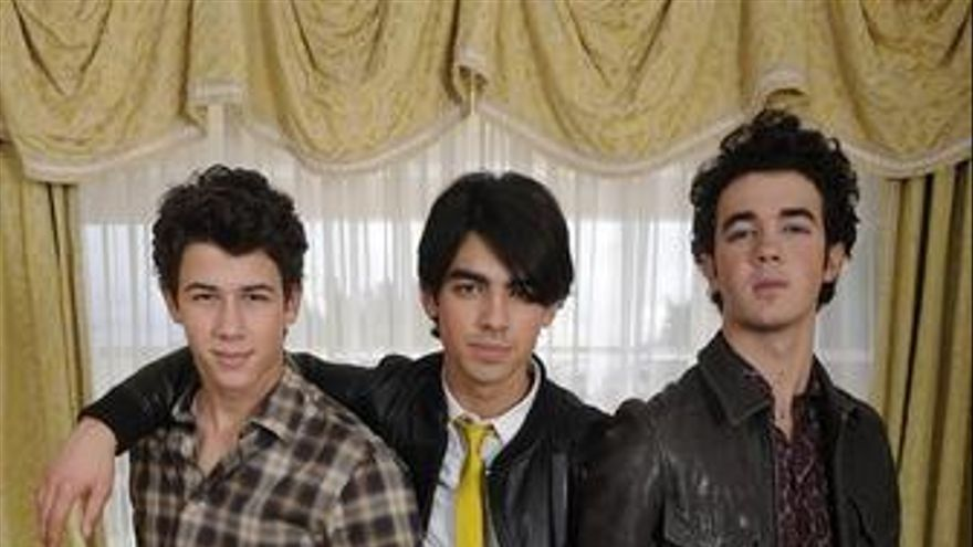 Los Jonas Brothers, like a Rolling Stone