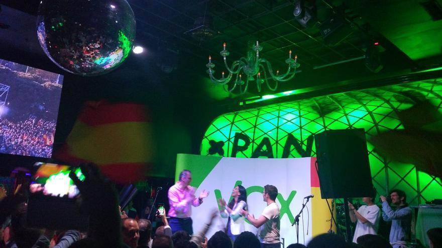 Ortega Smith y Rocío Monasterio durante el acto de Cañas por España