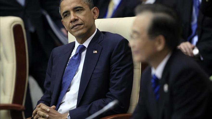 Obama se va de Pekín rumbo a Birmania tras cumbre APEC y encuentros con Xi