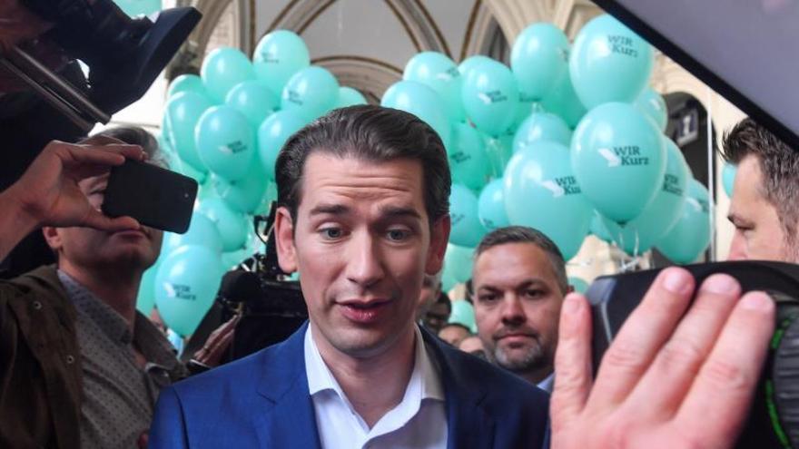 Sebastian Kurz, gran favorito electoral en Austria con (casi) todos en contra