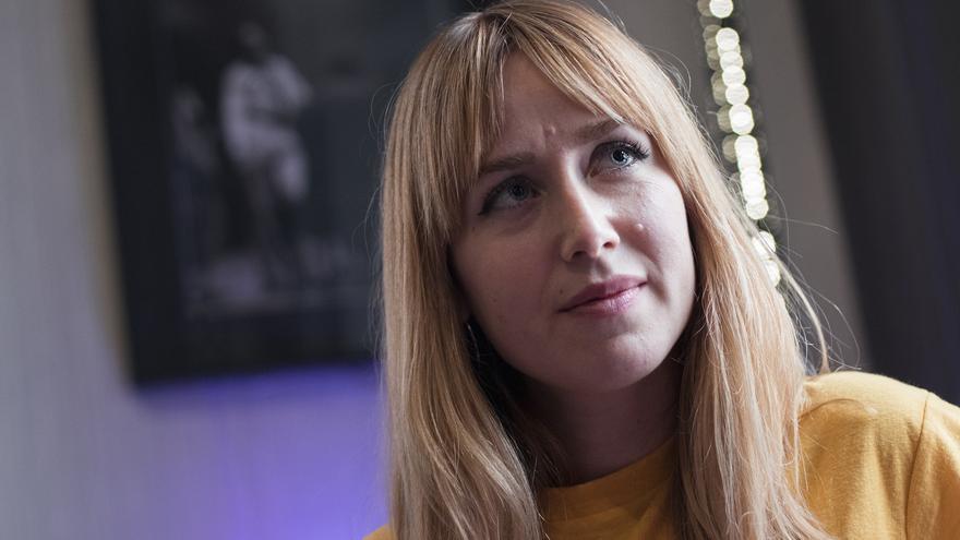 Raquel Córcoles, Moderna de Pueblo, en la entrevista con eldiario.es