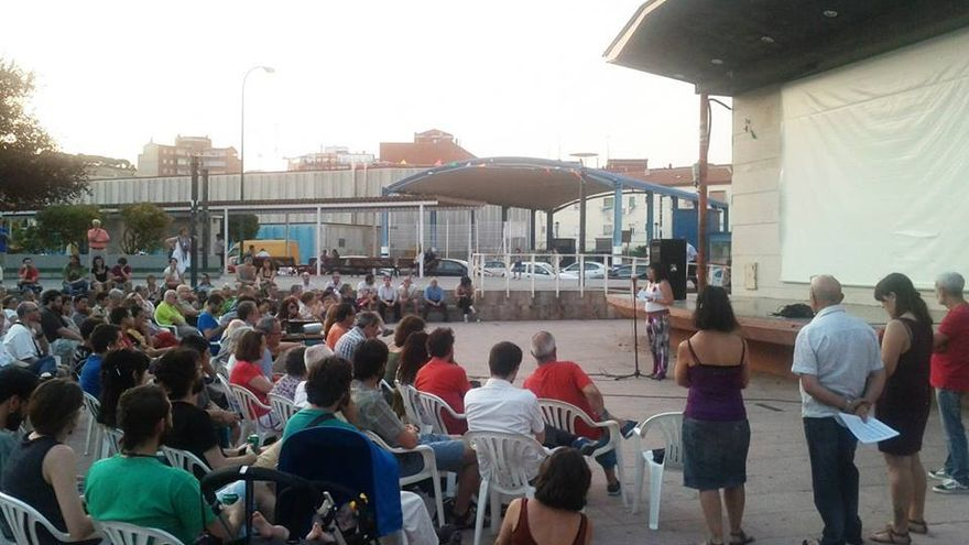 Asamblea de 'Ganemos Valladolid', celebrada a finales de julio. Foto: facebook de 'ganemosvalladolid'.