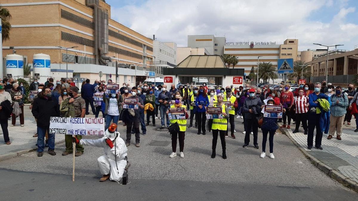 Imágenes de las manifestaciones convocadas por la salud y contra las privatizaciones