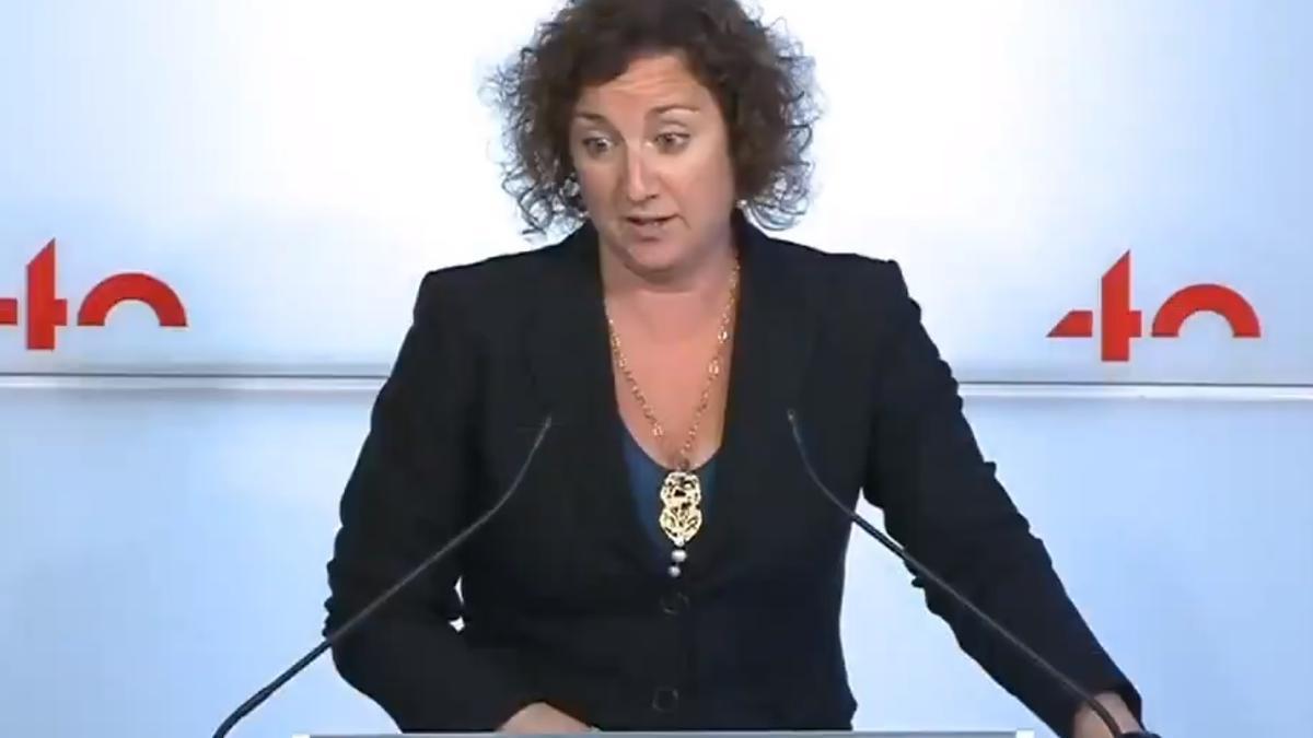 Alícia Romero (PSC) en rueda de prensa en el Parlament.