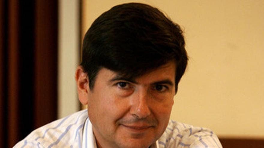 El ex ministro Manuel Pimentel