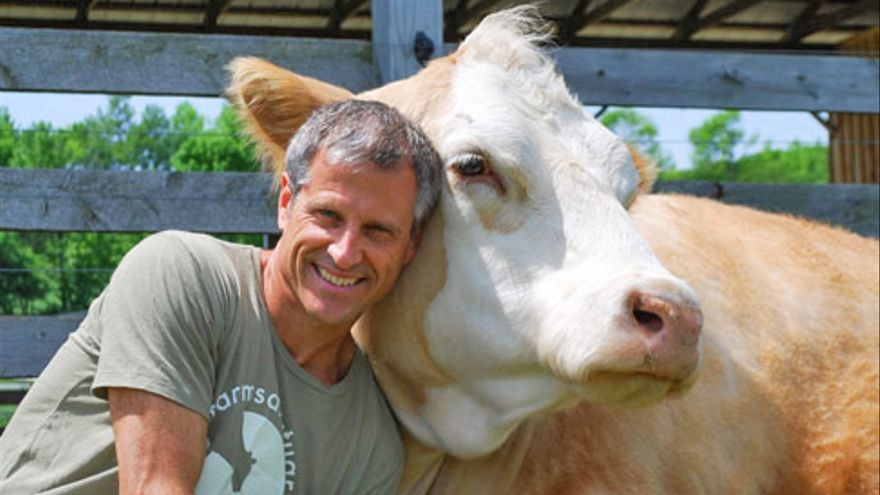 Gene Bauer, fundador de Farm Sanctuary