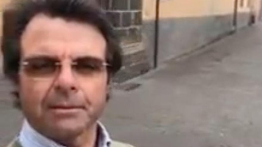 El funcionario de Canarias que presumió de quebrantar la alarma ahora recomienda no descargar la aplicación Radar COVID