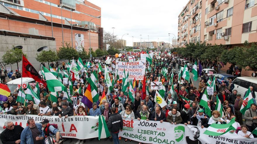 """Decenas de miles de personas participan en la 'Marcha de la Dignidad' para que el 28F sea """"una jornada de lucha"""""""