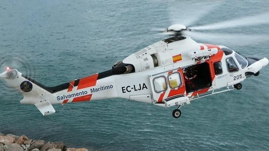 Rescatados dos varones de una patera naufragada de la que habrían desaparecido 15 personas