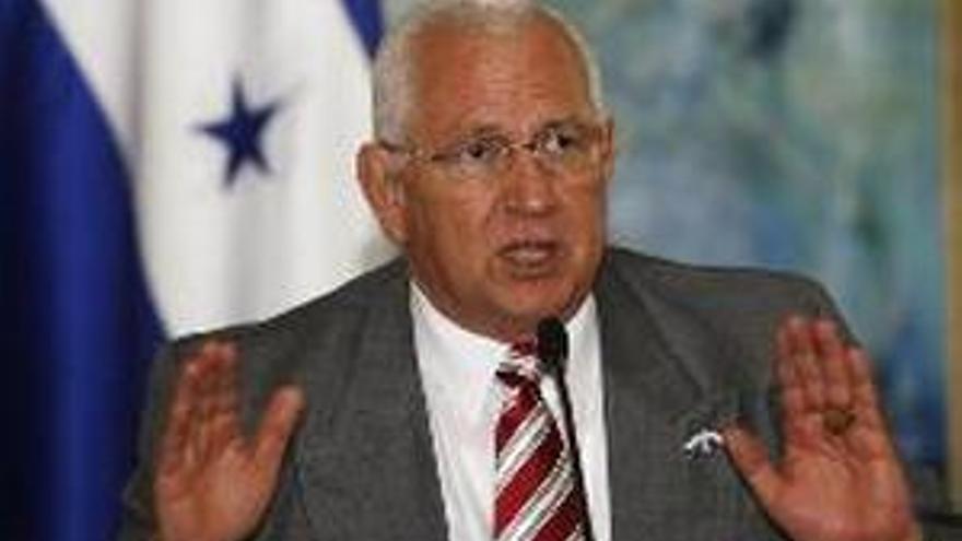 Roberto Micheletti, presidente golpista.