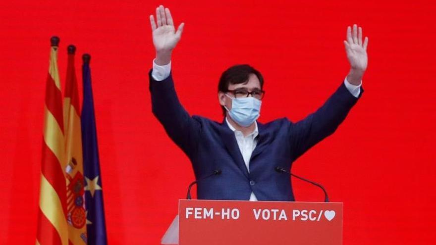 El candidato a la presidencia de la Generalitat por el PSC, Salvador Illa, valora los resultados electorales