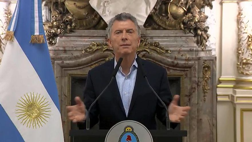 Mauricio Macri anuncia la petición de una línea de financiación al FMI para la Argentina.