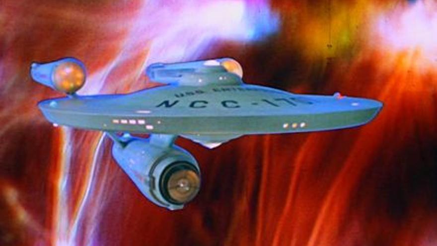 La nave Eterprise era capaz de deformar la dimensión espaciotemporal para viajar a gran velocidad