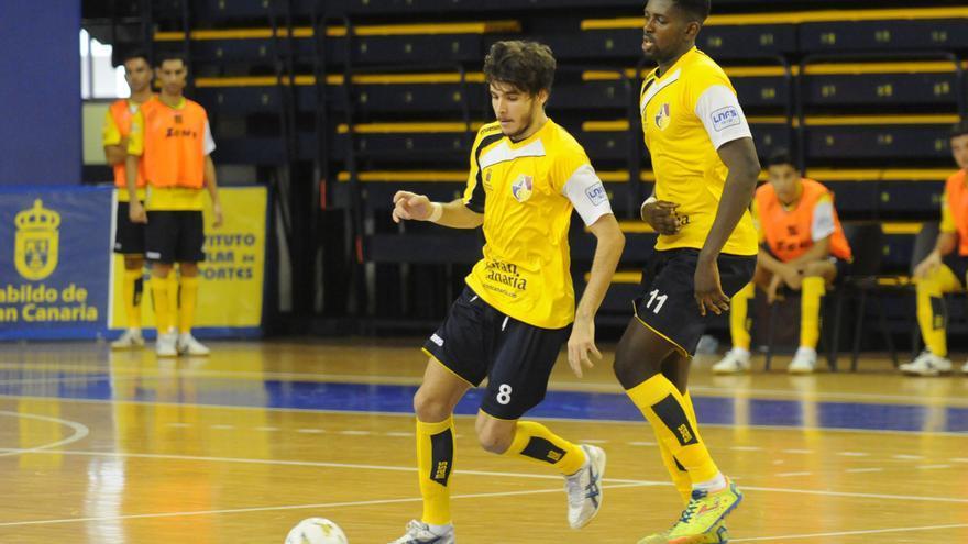 Los jugadores del Gran Canaria FS durante el encuentro frente al Valdepeñas.