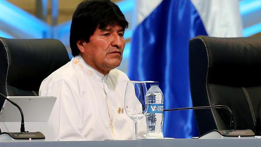 """Evo Morales amenaza con expulsar al representante de EE.UU. por """"conspiración"""""""
