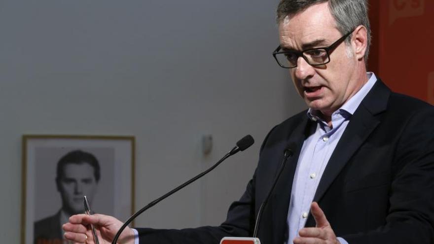 C's pide a Sánchez que elija entre hacer política o aritmética con independentistas
