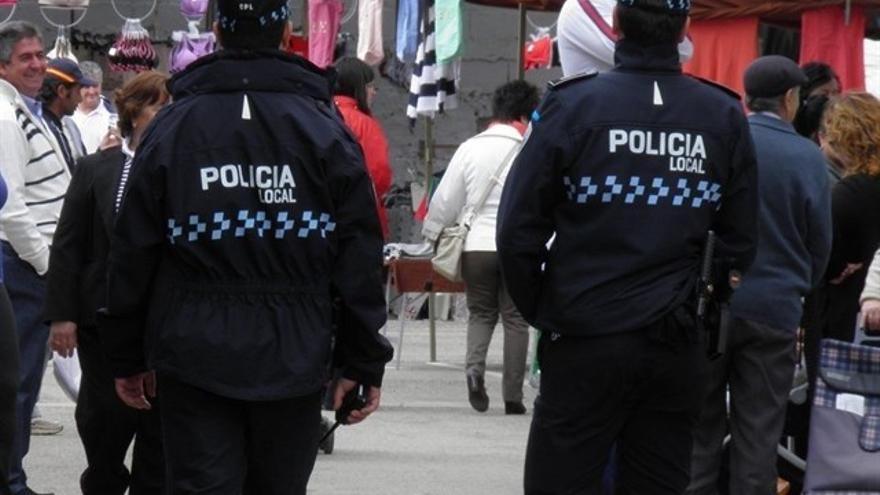 Agentes de la Policia Local (foto de archivo)