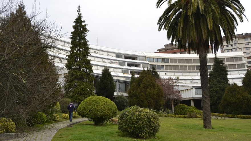 La Residencia La Pereda permanece cerrada desde hace cuatro años.   RUBÉN VIVAR