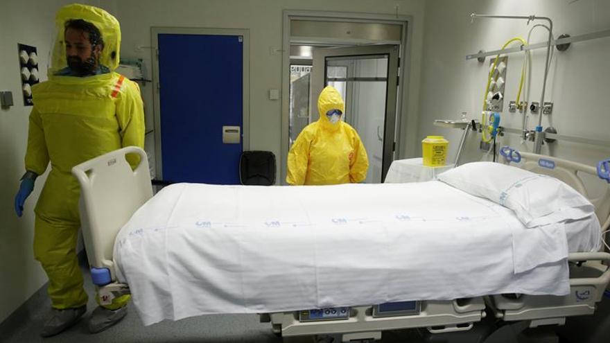 El hombre aislado por posible fiebre hemorrágica da negativo en el primer análisis