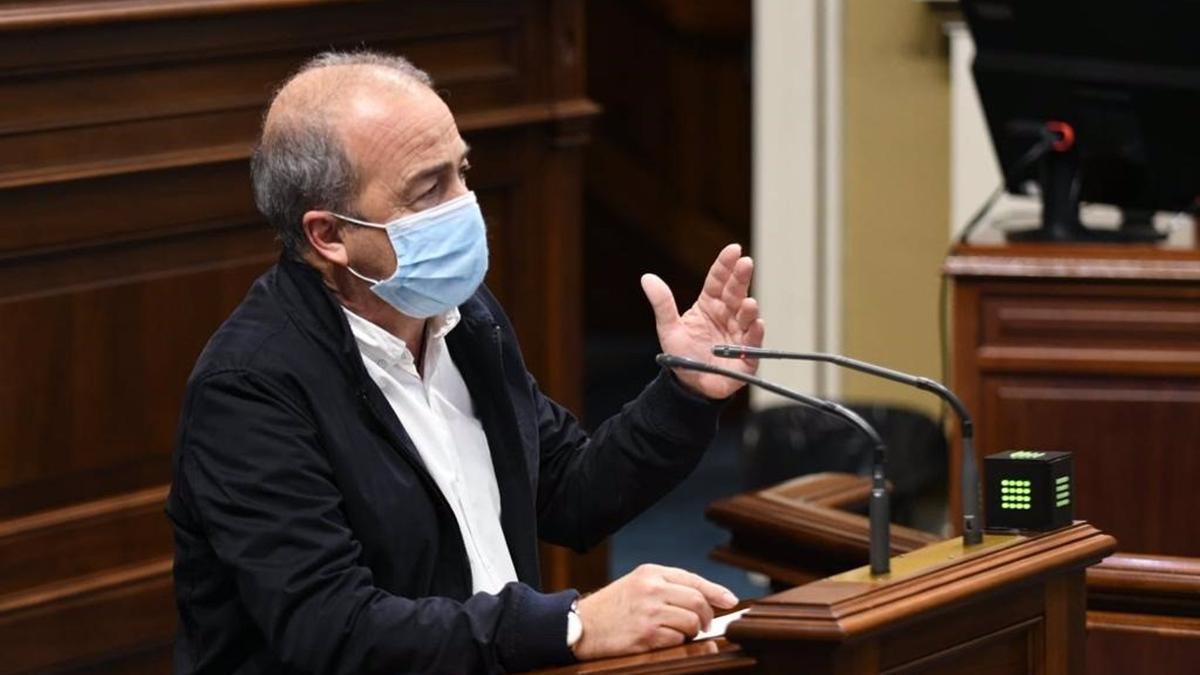 Francisco Déniz, portavoz del grup Sí Podemos Canarias en el Parlamento