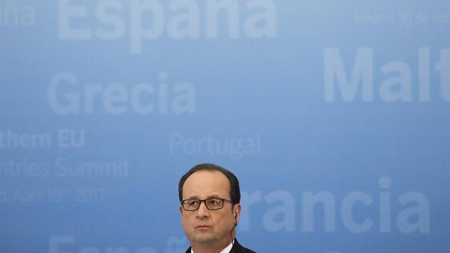 """Hollande: """"Tenía que haber una respuesta al ataque químico y llegó de EE.UU."""""""