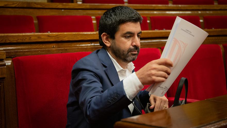 El Govern catalán cesa a la cúpula de Asuntos Sociales y Trabajo tras la crisis de las ayudas a los autónomos
