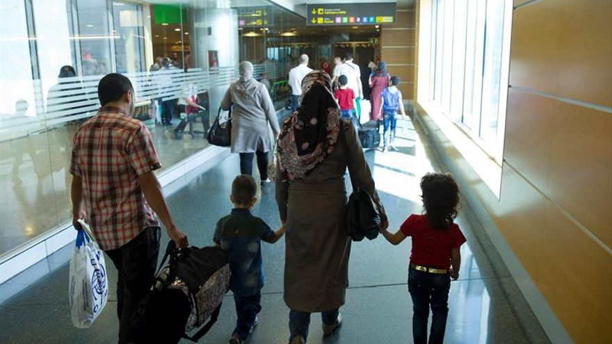 Un grupo de refugiados de nacionalidad siria provenientes de Líbano que llega a España con un programa de reasentamiento.